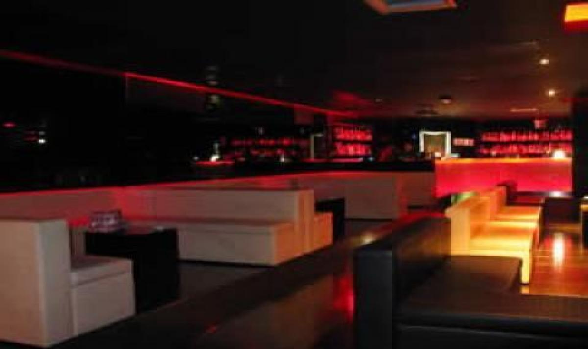 The club milano atmilano for Arredamento club prive